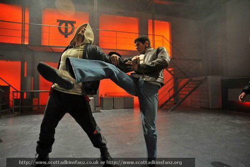2009_ninja_97_resize