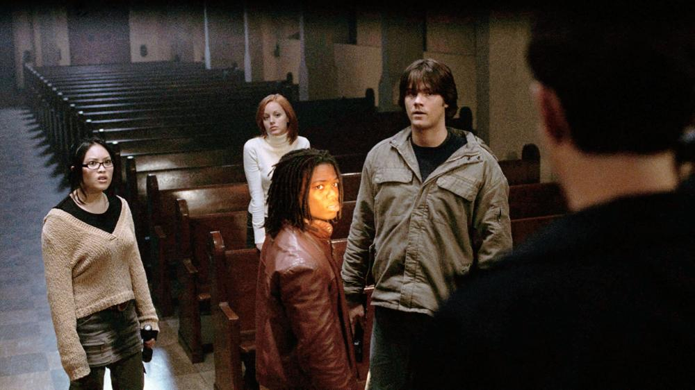 CRY WOLF, Kristy Wu, Lindy Booth, Paul James, Jared Padalecki,2005, ©Rogue Pictures