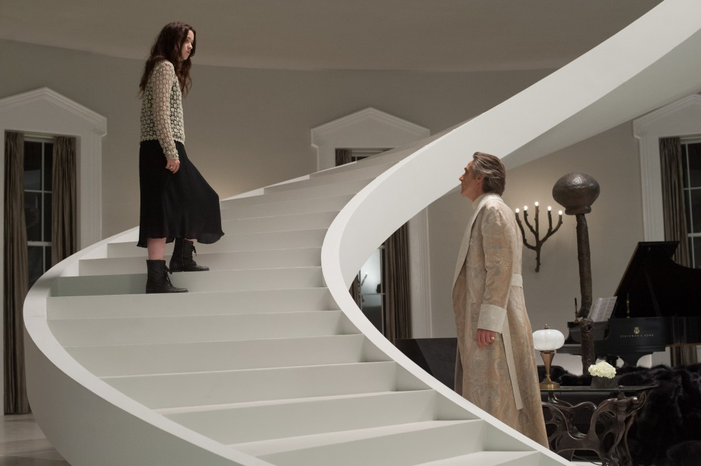 """(L -r) ALICE ENGLERT as Lena Duchannes and JEREMY IRONS as Macon Ravenwood in Alcon Entertainment's supernatural love story """"BEAUTIFUL CREATURES,"""" a Warner Bros. Pictures release."""