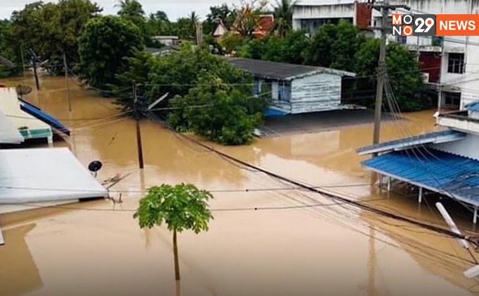 ชัยภูมิวิกฤต!  น้ำทะลักเข้ารพ. – น้ำท่วมหนักในรอบ 50 ปี อ่วมสุด 3 อำเภอ บ้านจมมิดหลังคา อพยพชาวบ้านหลายพันคน